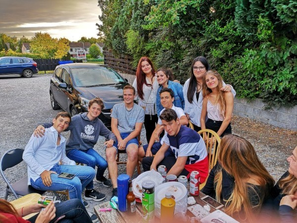 Jóvenes en Irlanda